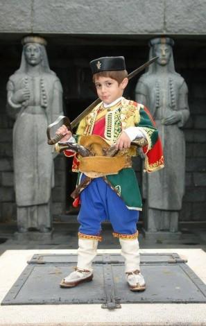 mali-crnogorac-lovcen_339946900_n