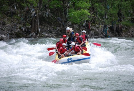 Rafting on Lim River 2