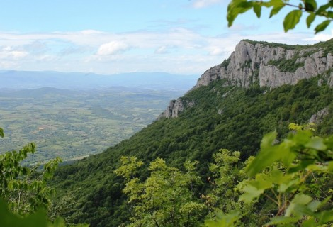 Tupiznica Mountain