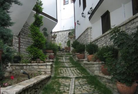 Mangalem Hotel Berat
