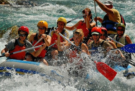 Rafting on Lim River