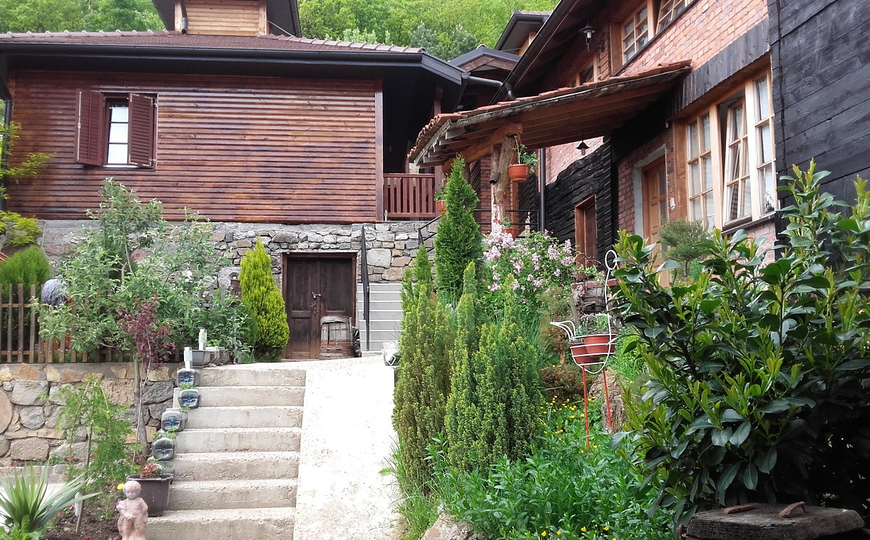 Etno selo Zavičaj Zvečan seoski turizam