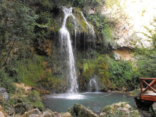 Lisine Waterfalls