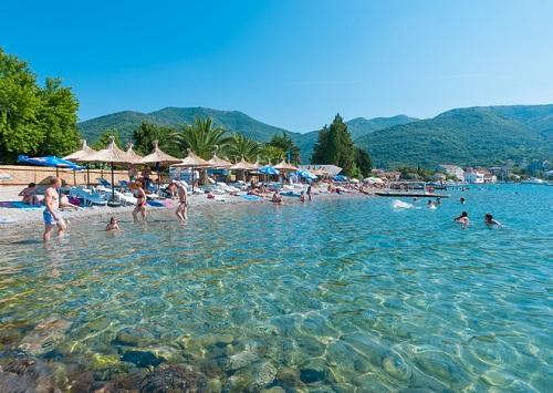 waikiki beach montenegro
