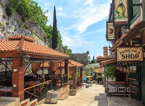 Kula Boarding House Restaurant Stari Bar