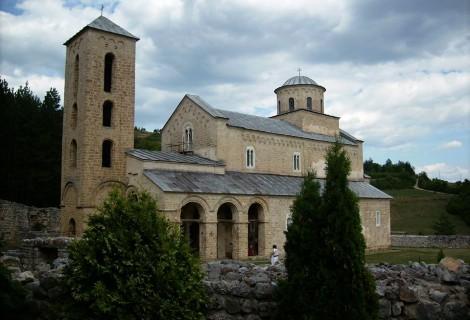 Srpski srednjovekovni manastiri