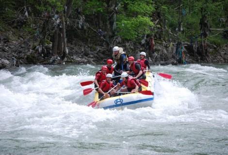 Rafting on Lim River 2