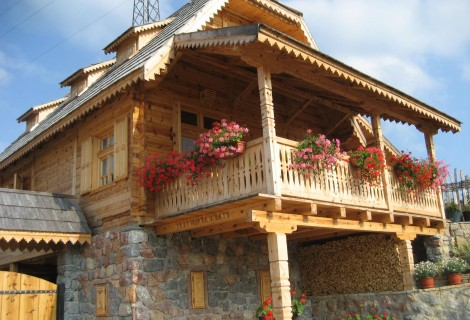 Mustra Mountain Chalet Guca accommodation