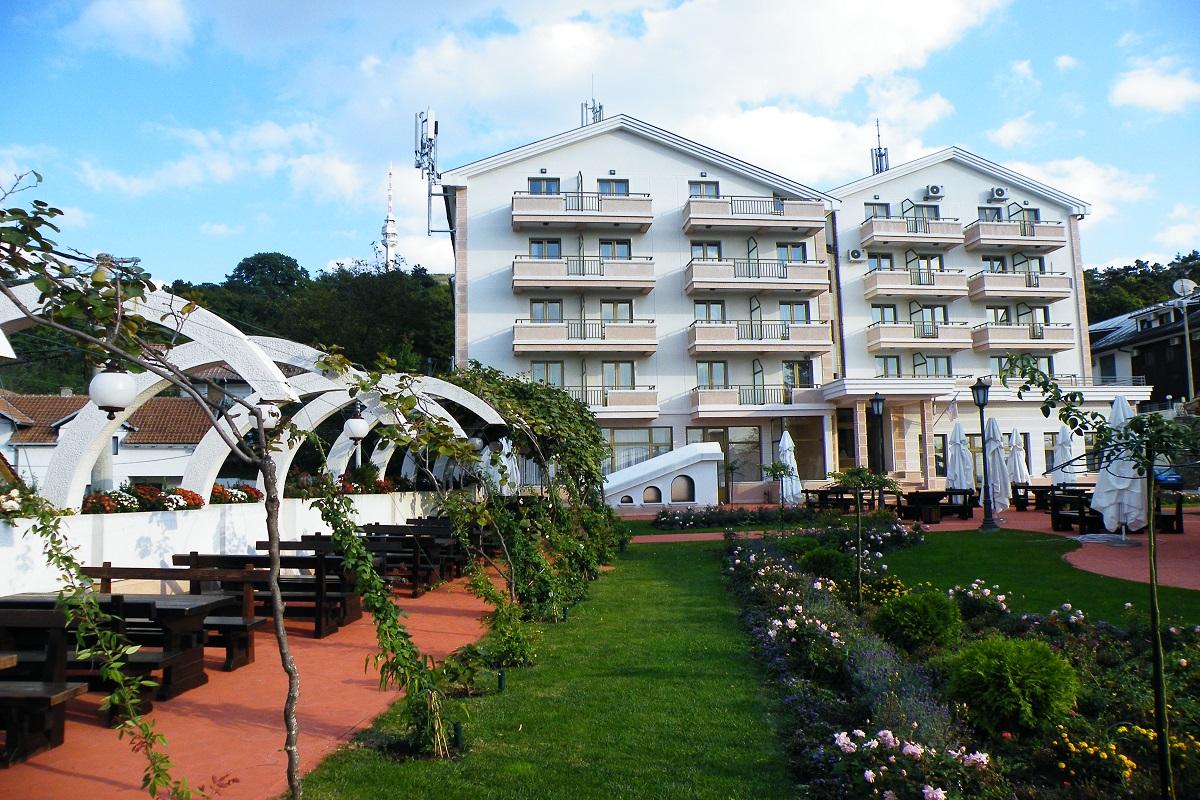 Student Resort Avala Mountain