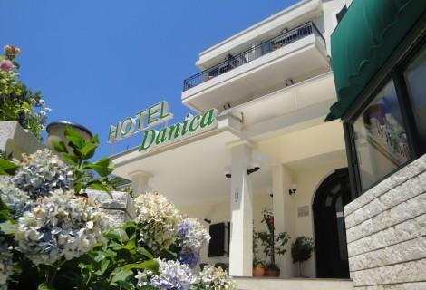 Danica Hotel Petrovac