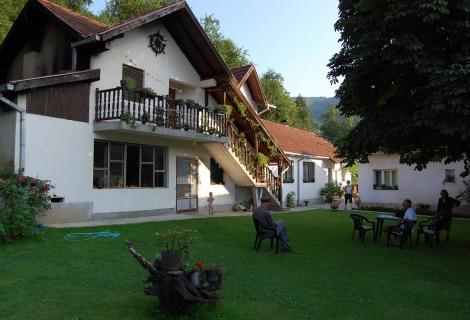 Selo Zlakusa seosko domaćinstvo 141 Užice