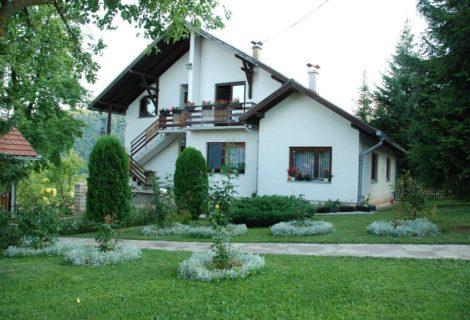 Rožanstvo seosko domaćinstvo Zlatibor 130