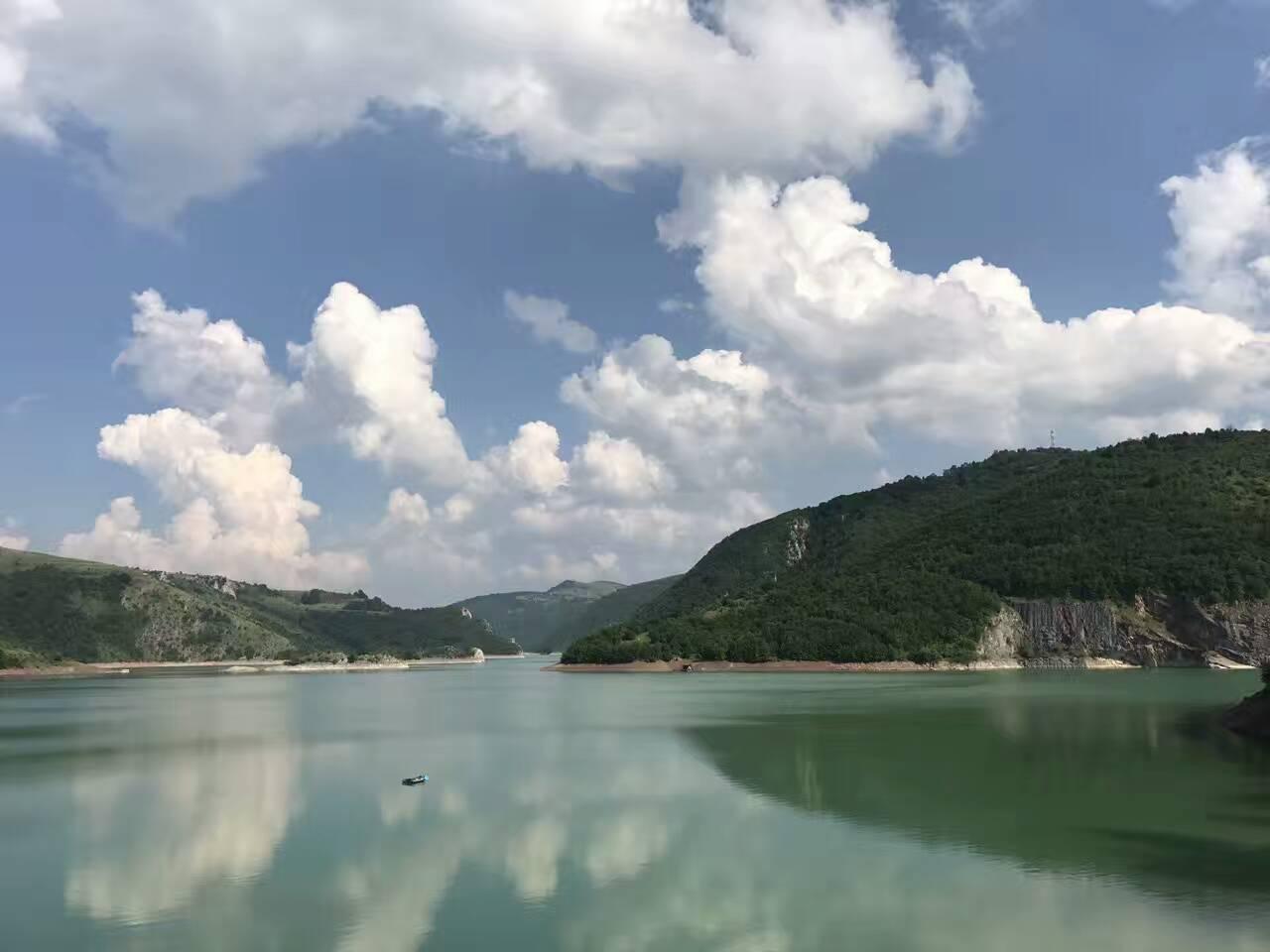 Reka Uvac – Specijalni Rezervat Prirode Uvac