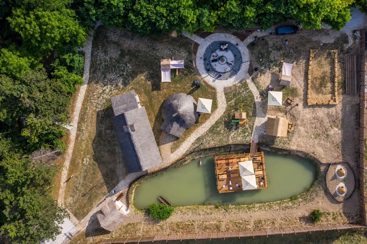 The Keltsko selo – the Celtic village Indjija